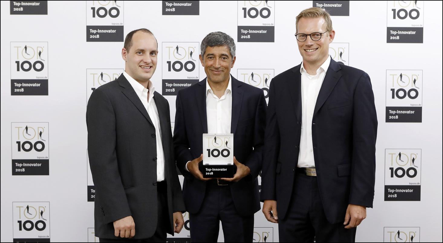 Dr. Tiaan Scheepers, CTO EPI-USE Labs; Ranga Yogeshwar, Mentor TOP 100; Henrik Stammer, Geschäftsführer EPI-USE Labs