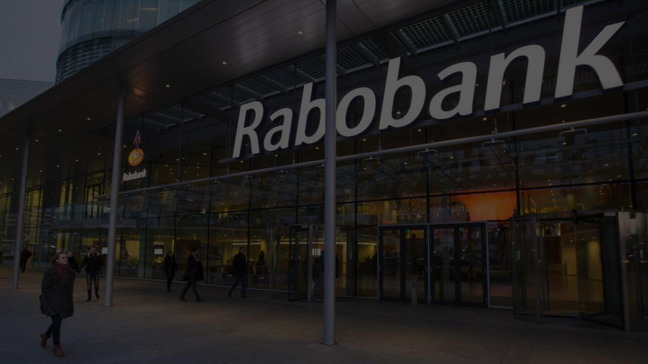 RABOBANK FAIT CONFIANCE À DSM POUR LA CONFORMITÉ RÉGLEMENTAIRE